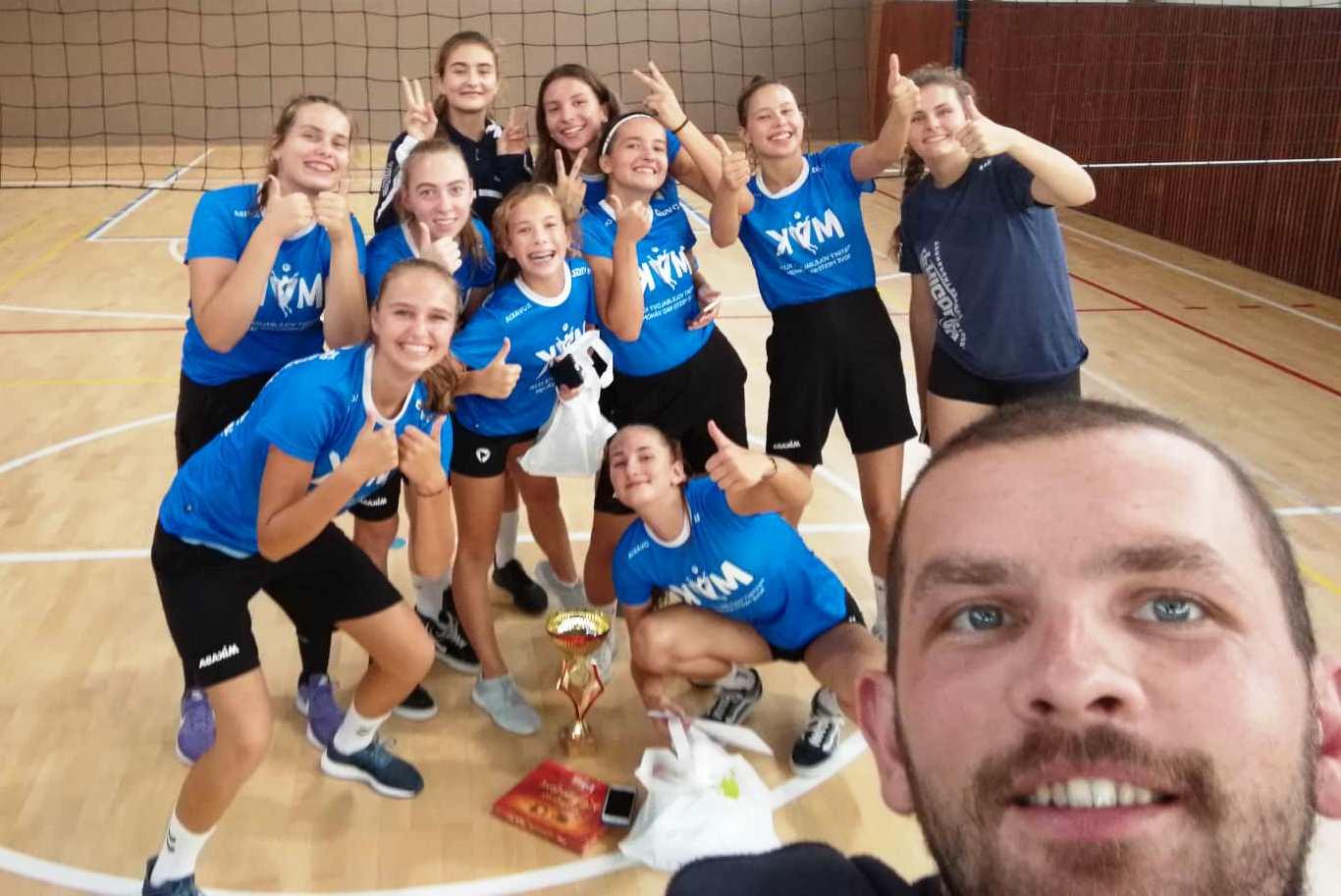 FOTO: Kadetky vyhrali turnaj v Púchove